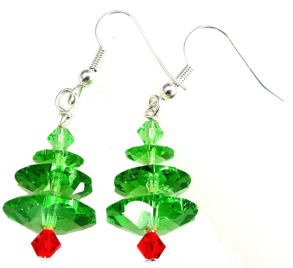 These super cute Christmas tree earrings come as a kit with all the beads and fixings you need!